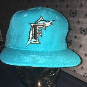 Other - 90s Fitted MLB Marlins